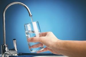 Методы очистки воды с помощью специальных устройств и фильтров